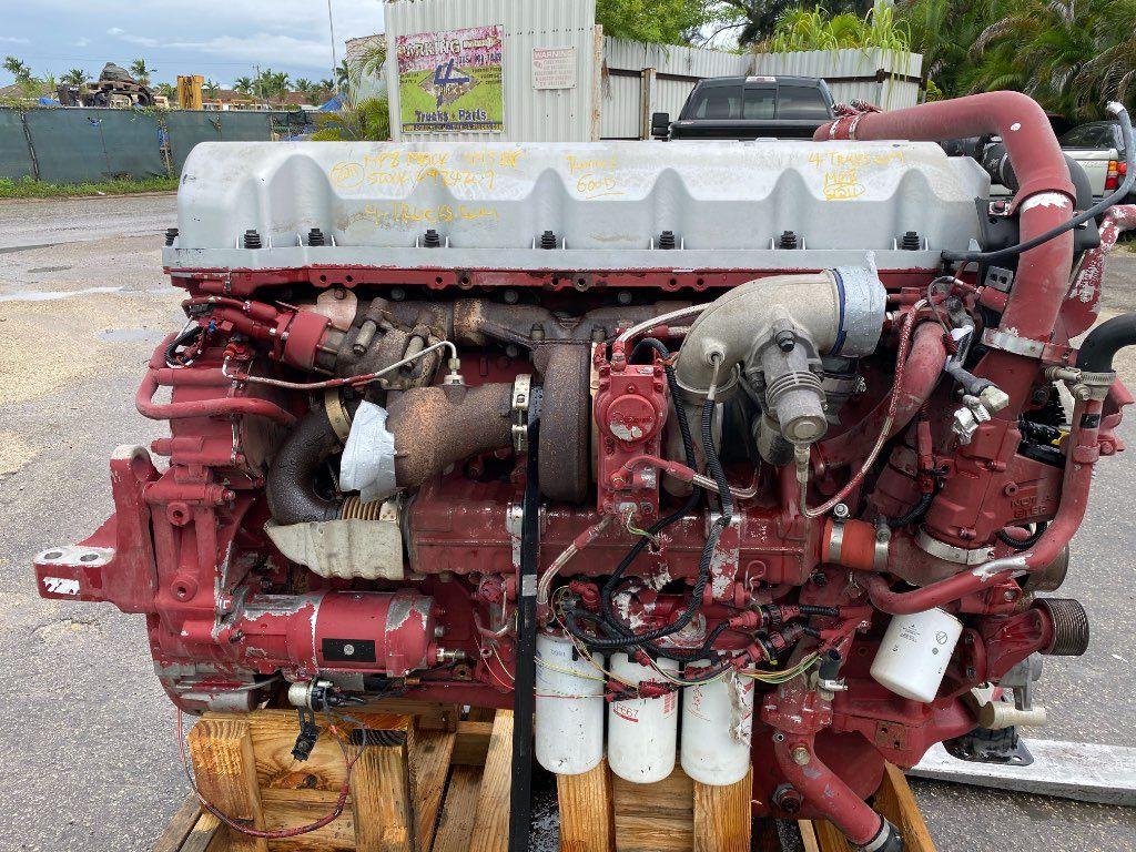 2011 MACK MP8 ENGINE 445 HP