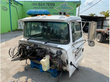 1995 FORD L9000 CABS