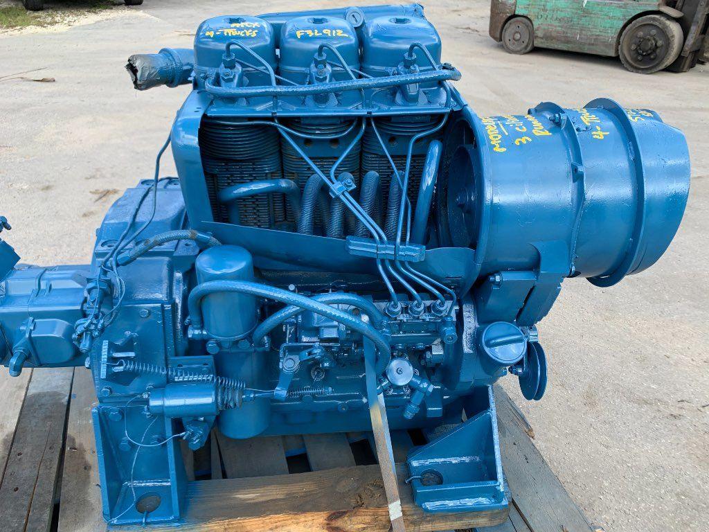 1985 DEUTZ F3L912  3 CYLINDER ENGINES 38 HP