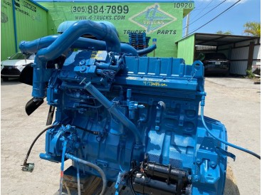 2002 INTERNATIONAL DT466E ENGINE 250HP