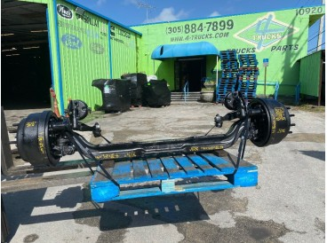 """2010 KENWORTH 32 1/2"""" ROCKWELL 20,000LBS FRONT AXLES"""