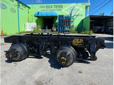 2009 FREIGHTLINER AIRLINER AIR SUSPENSION  TANDEMS 5.29