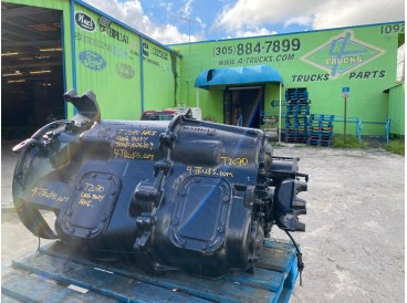 2003 MACK T2070 TRANSMISSIONS 7 SPEED